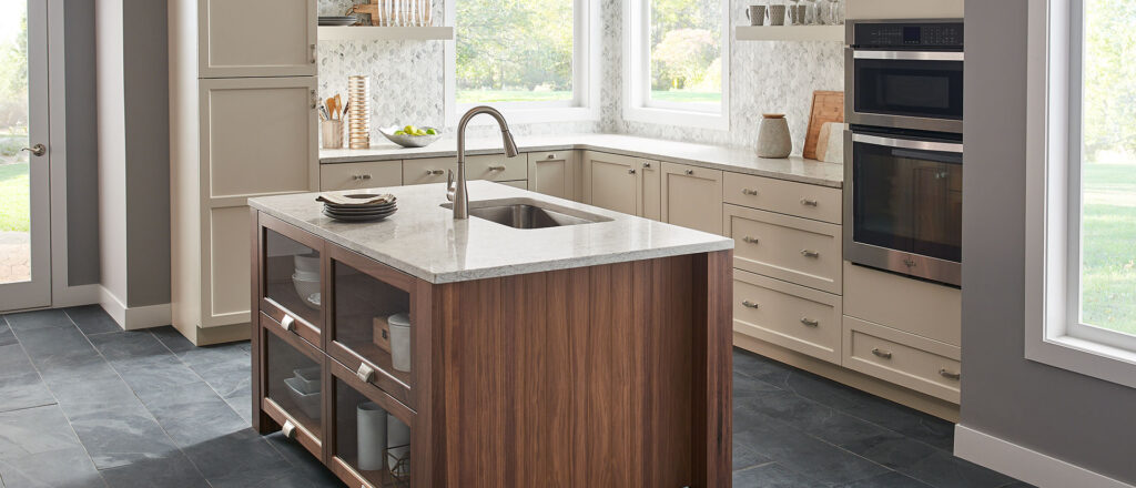 Gray lagoon kitchen quartz